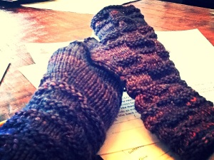 Matching Intersect Mitts Pattern by Lara Smoot / Yarn - Best Worsted Merino by Indieway Yarns